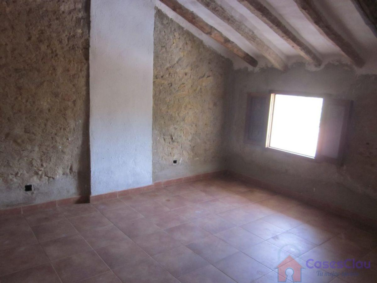 For sale of masia in Vall d Alba