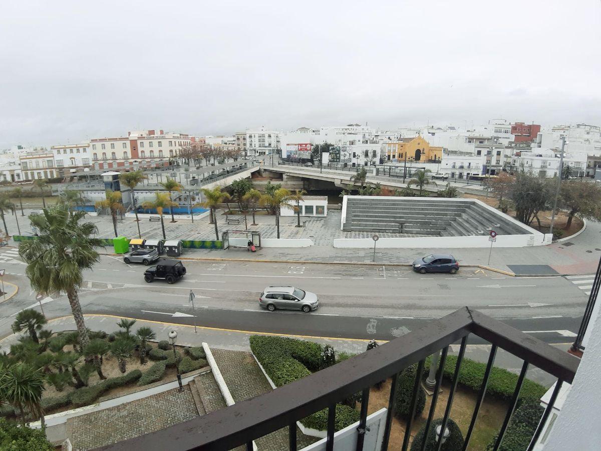 Venta de local comercial en Chiclana de la Frontera