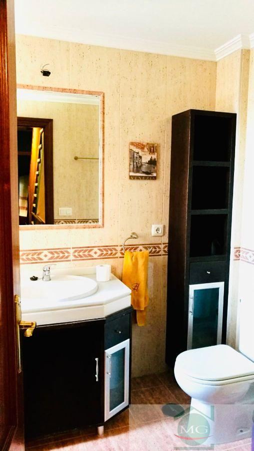 For sale of duplex in Dos Hermanas