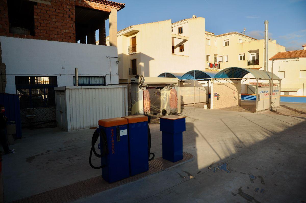 Myynti  from  kaupallinen paikallinen  sisään   Vélez-Rubio