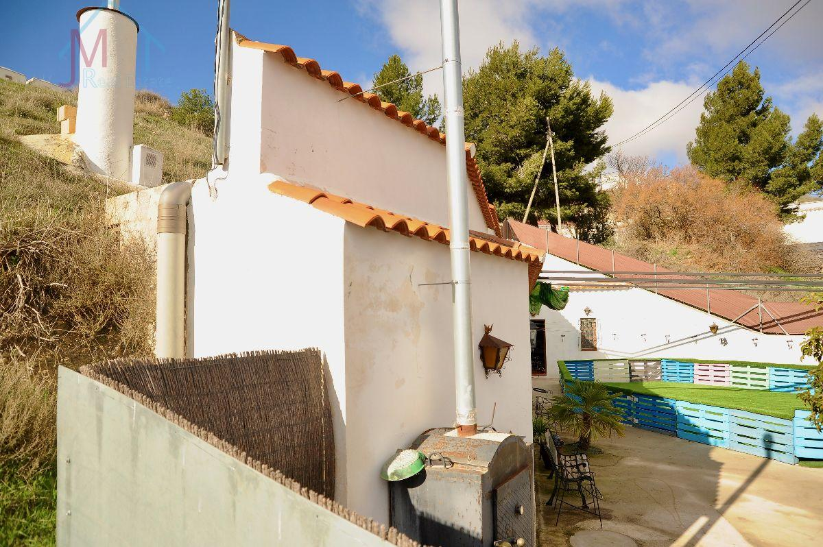 For sale of rural property in Cúllar