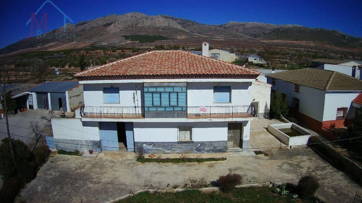 For sale of house in Cúllar