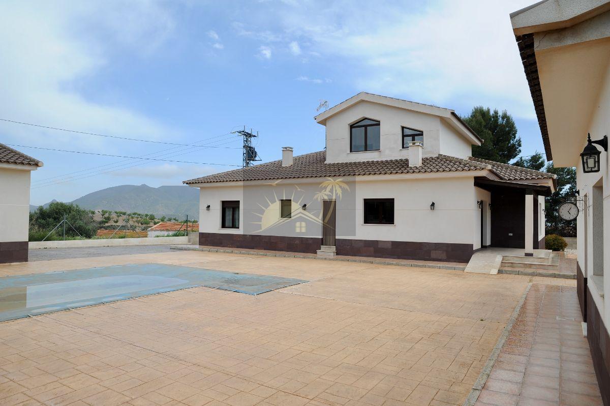 Verkoop van villa in Puerto Lumbreras