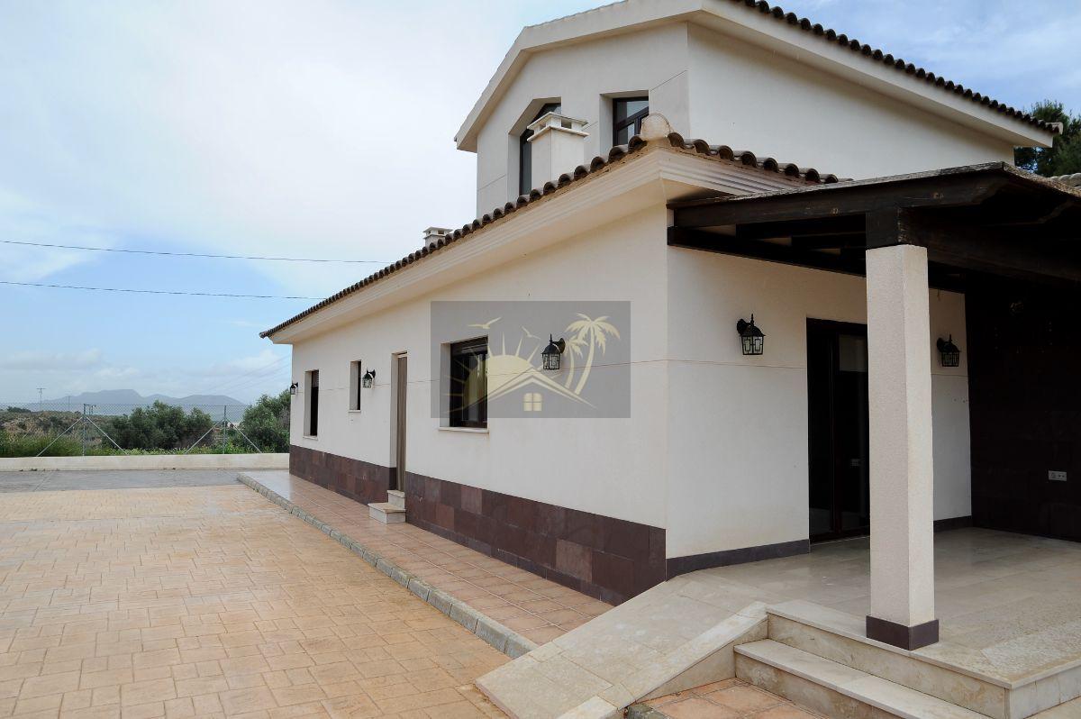 For sale of villa in Puerto Lumbreras