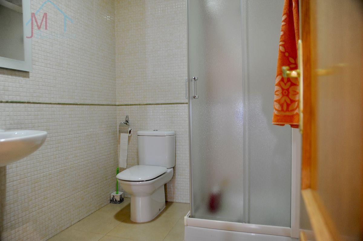 For sale of house in Vélez-Rubio