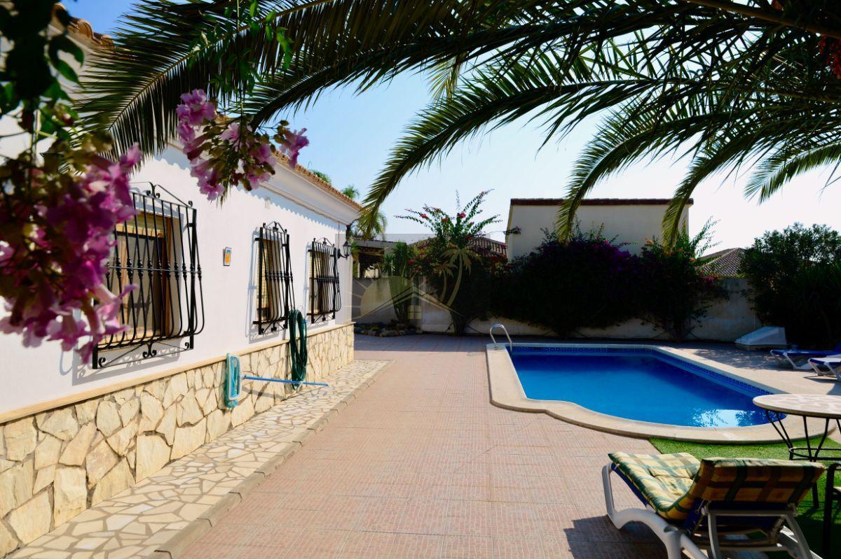 Verkoop van villa in Arboleas