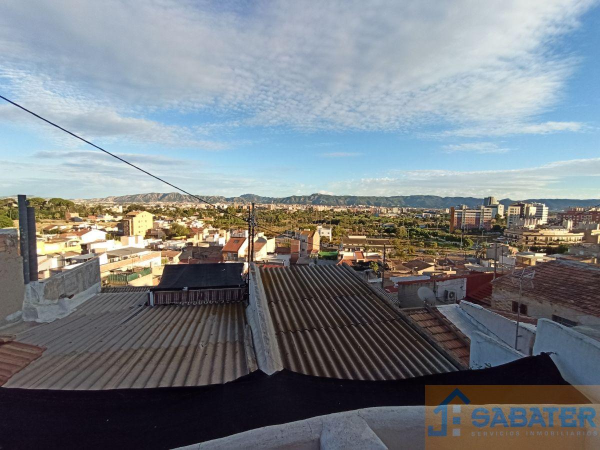 For sale of house in El Puntal