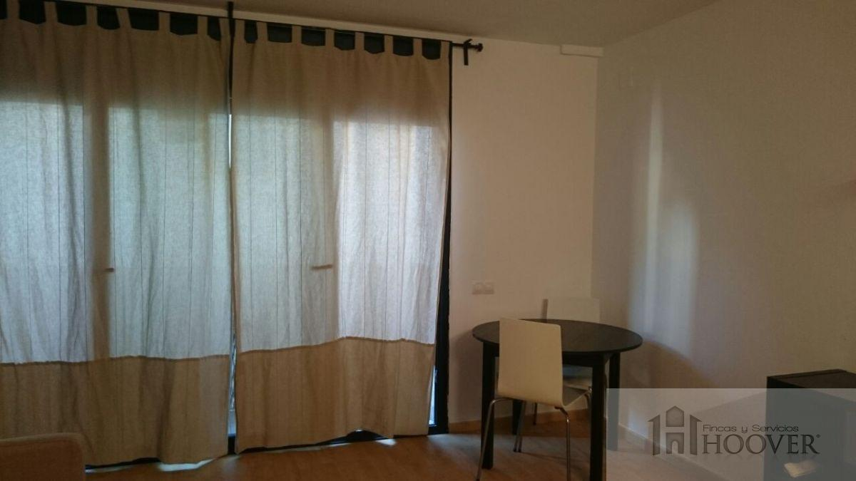 For rent of flat in Rubí