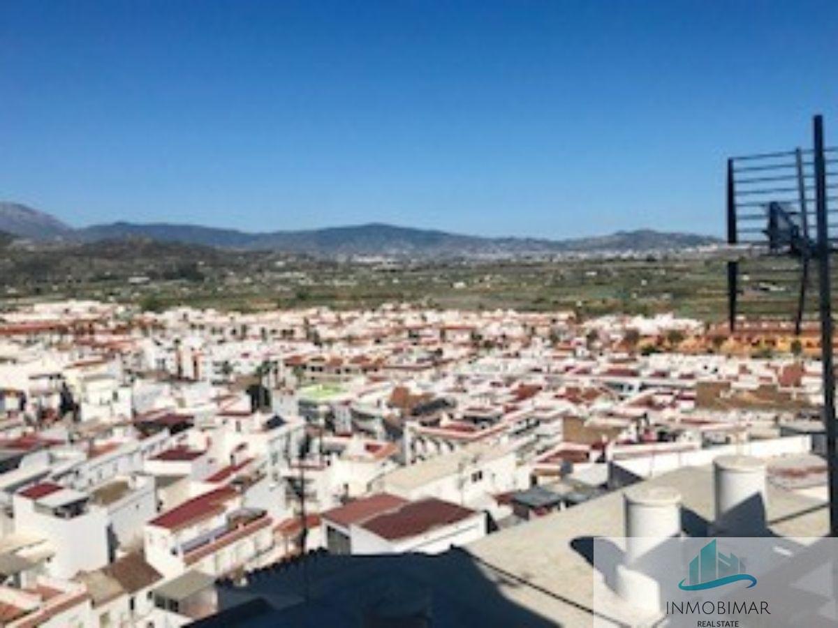 Til salg fra etage i Salobreña