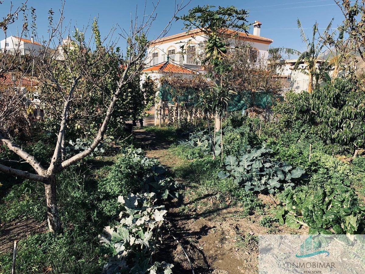 بيع من مزرعة ريفية في Molvízar