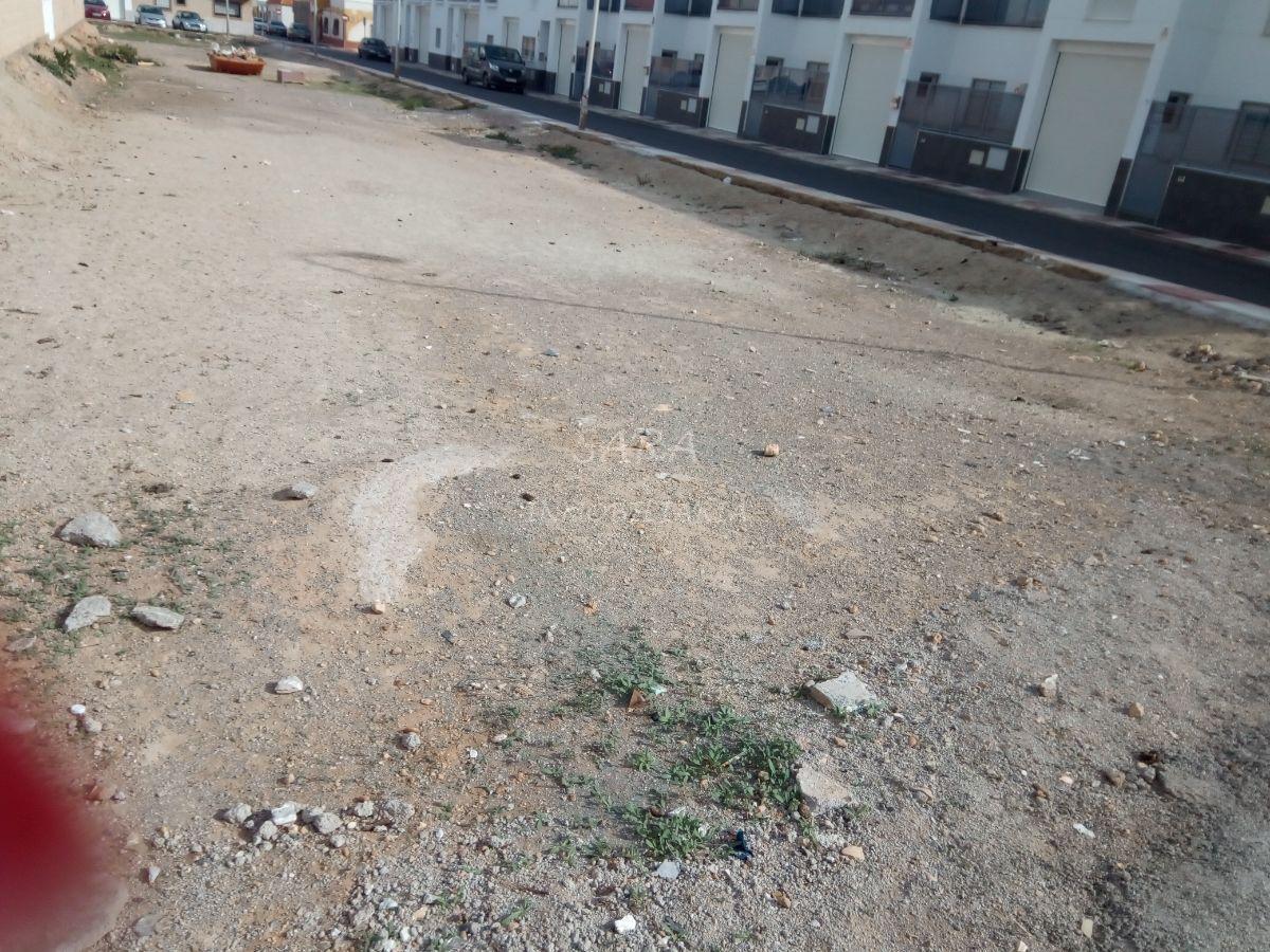 For sale of land in Roquetas de Mar