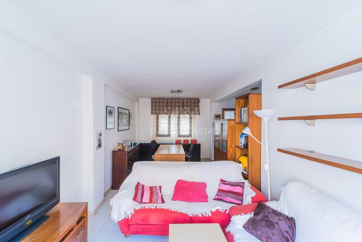 For sale of duplex in Roquetas de Mar