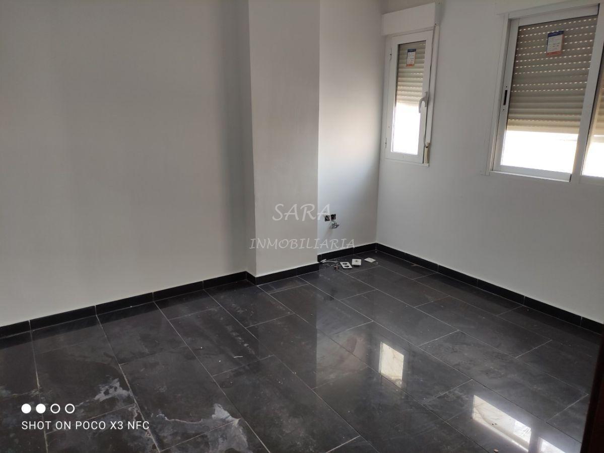 Alquiler de apartamento en Roquetas de Mar