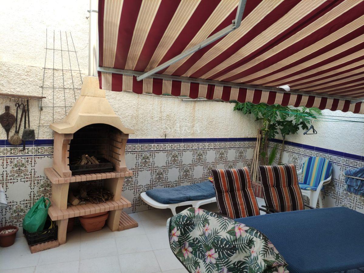 For rent of duplex in Roquetas de Mar