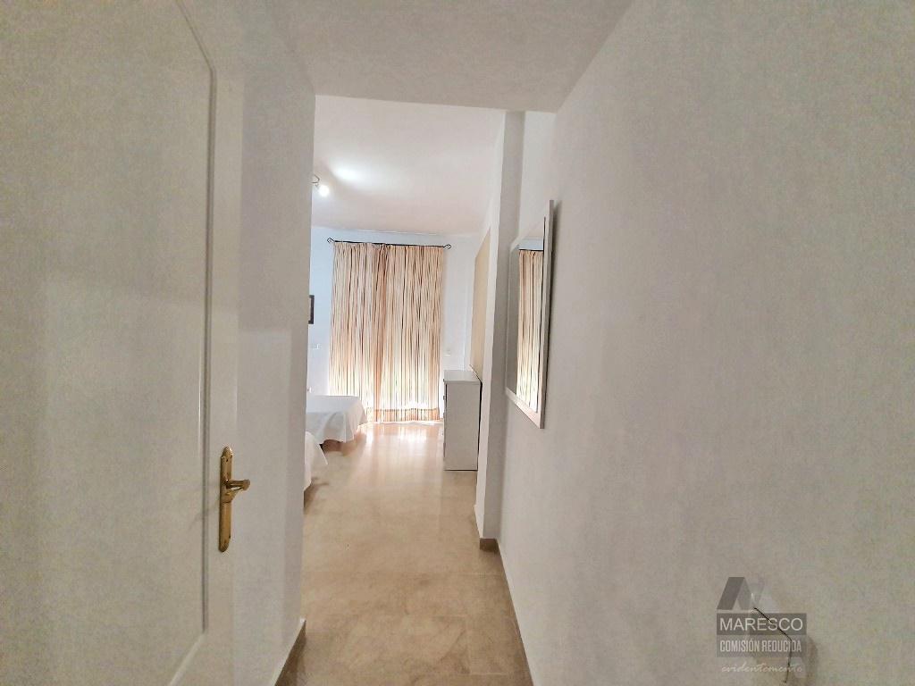 For sale of flat in Alhaurín de la Torre