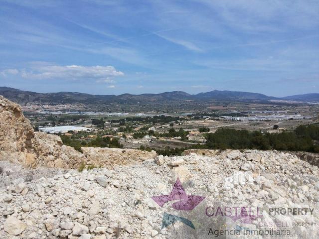 Venta de terreno en Castalla