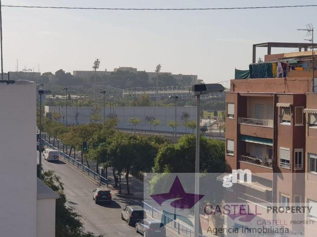 For sale of building in Alicante