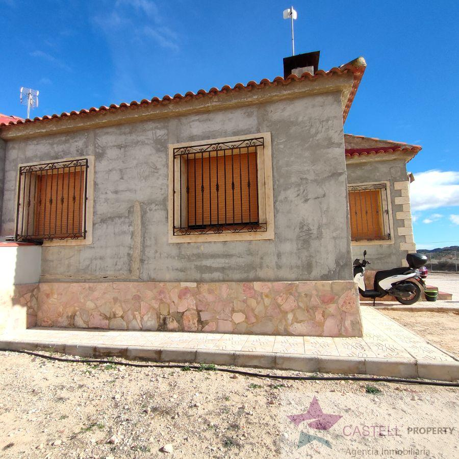 Venta de chalet en Hondón de las Nieves