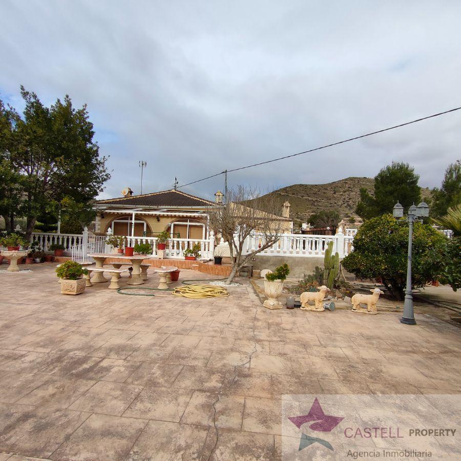 For sale of chalet in El Fondó de les Neus