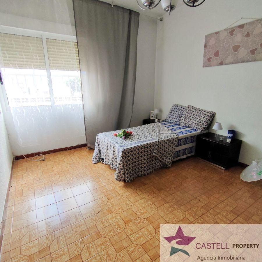 For sale of ground floor in Elda