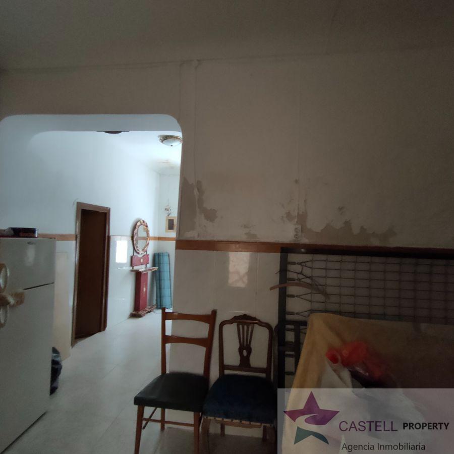 For sale of house in Monóvar-Monòver