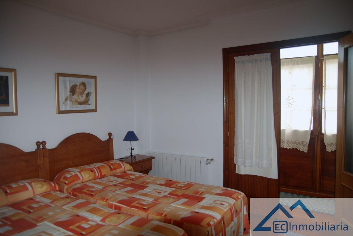 For sale of flat in Potes