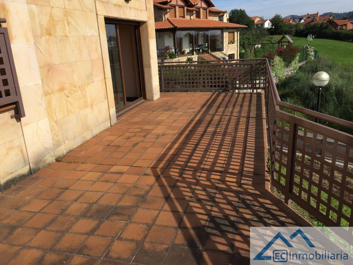 For sale of chalet in Camargo