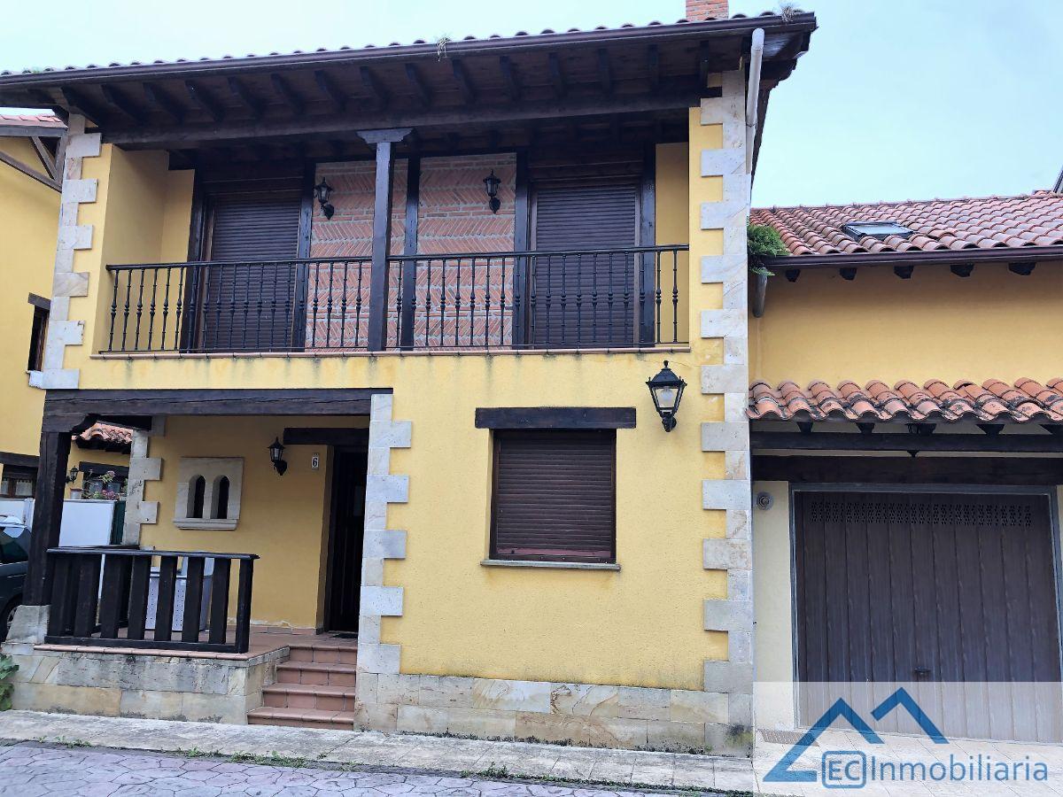 For sale of chalet in Cabezón de la Sal
