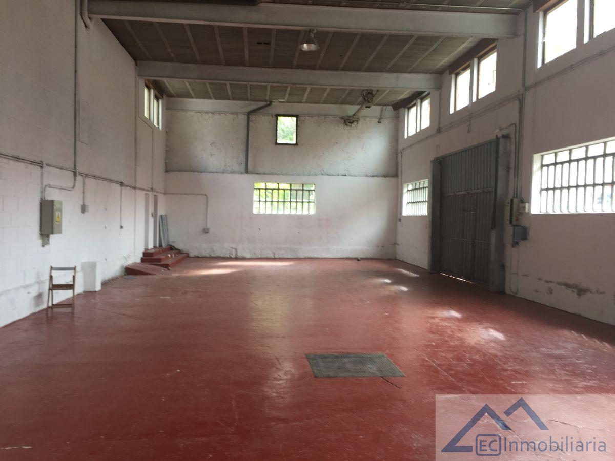 For rent of industrial plant/warehouse in Solares