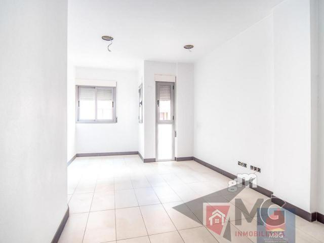 For sale of office in Lorca