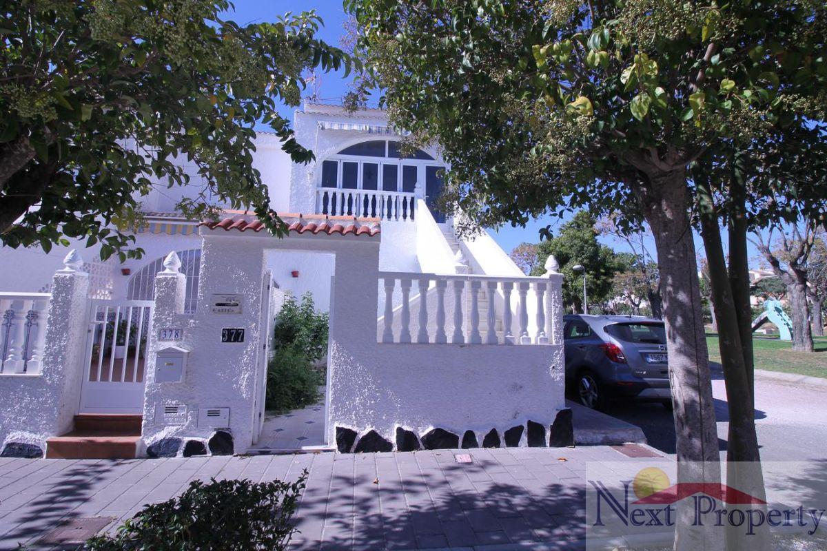 Zu verkaufen von bungalow in  Mil Palmeras