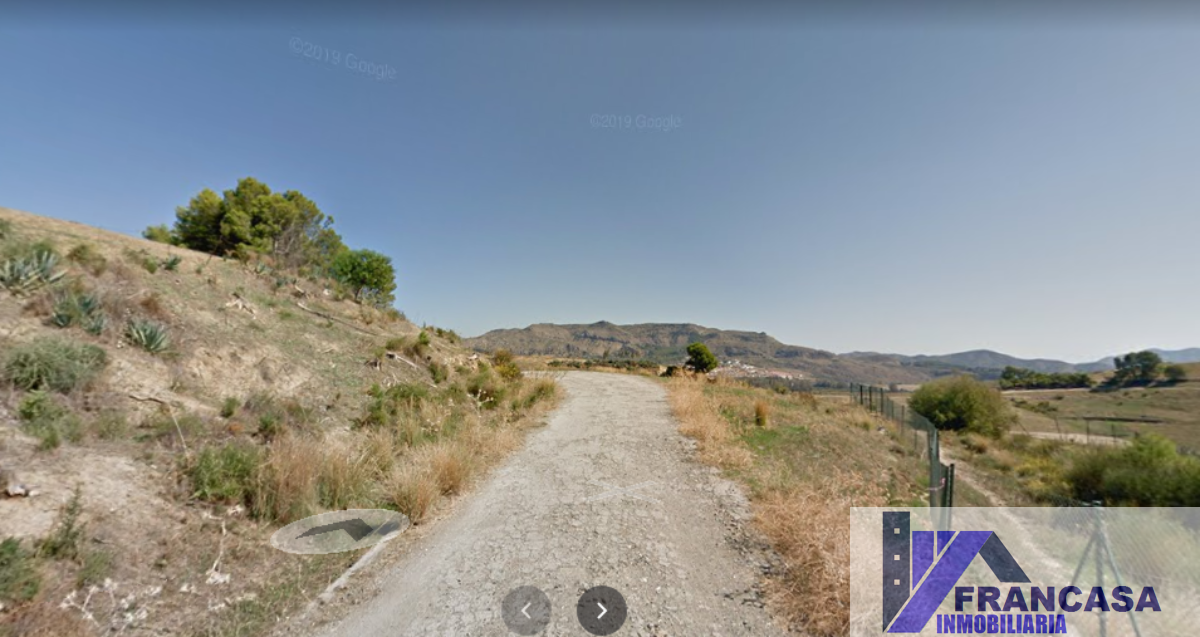 For sale of land in Pizarra