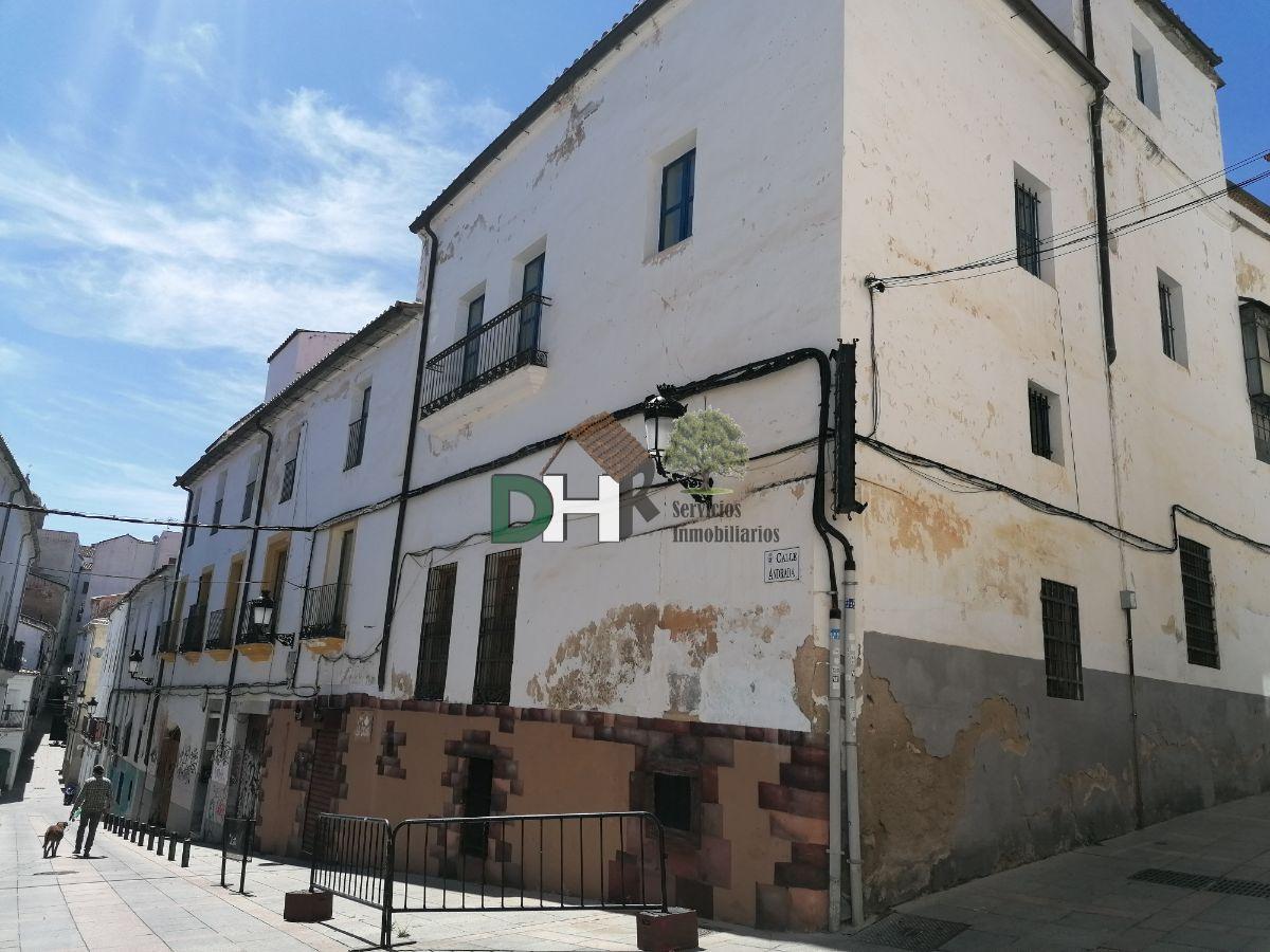 Venta de edificio en Cáceres