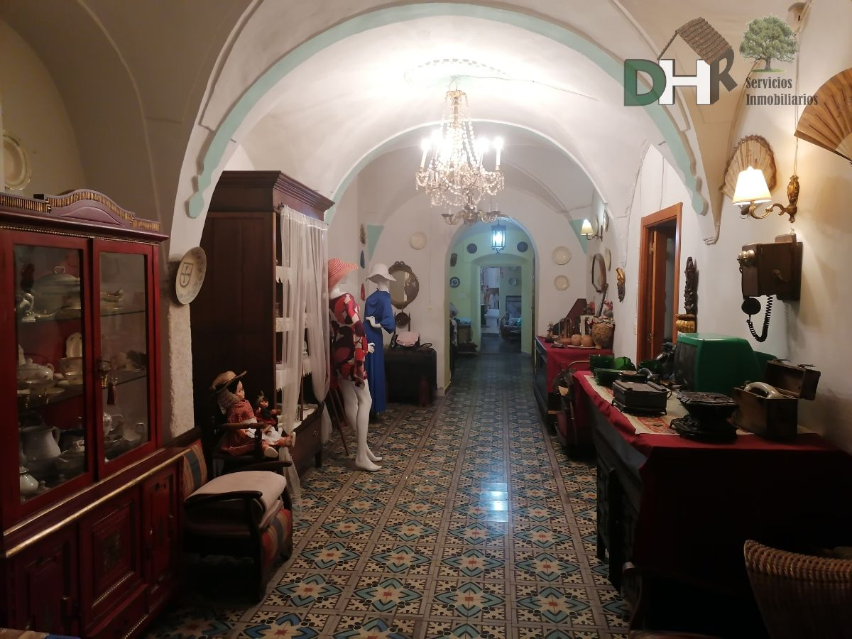 Venta de casa en Alcuéscar