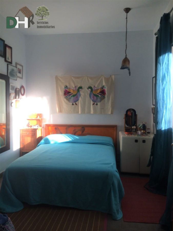 For sale of house in Cañamero