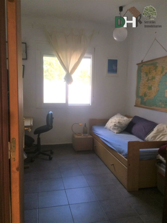 Venta de casa en Cañamero