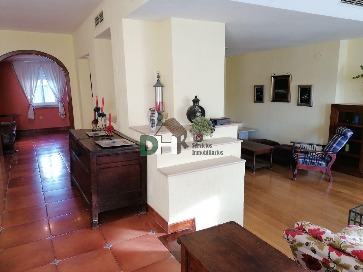 For sale of chalet in Sierra de Fuentes
