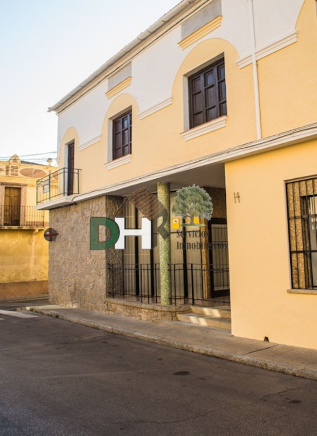 For sale of house in Miajadas