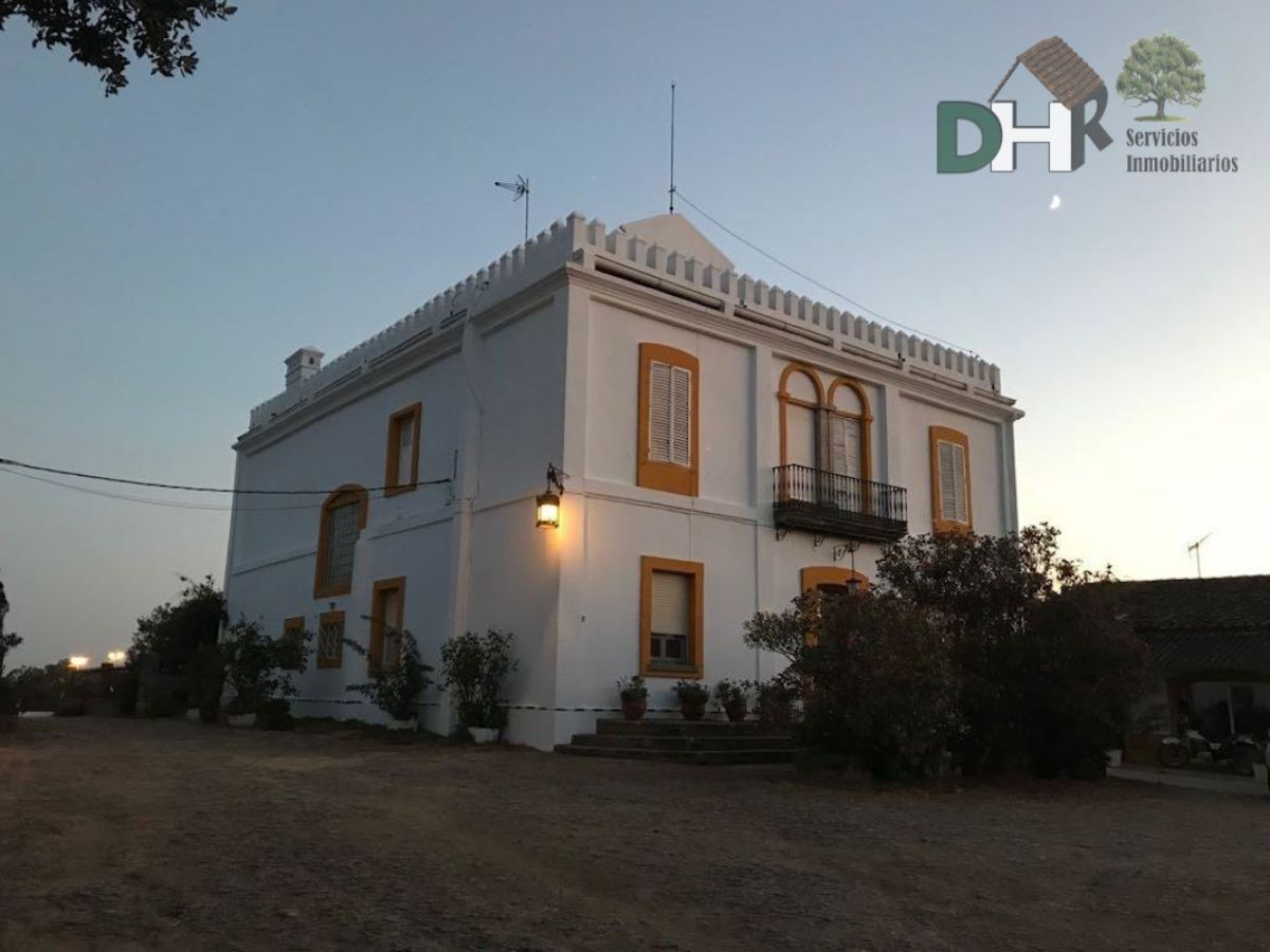 For sale of rural property in Brozas