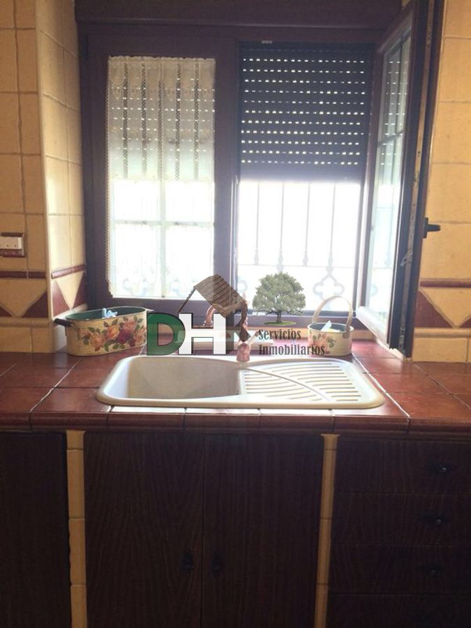 For sale of house in Torrequemada