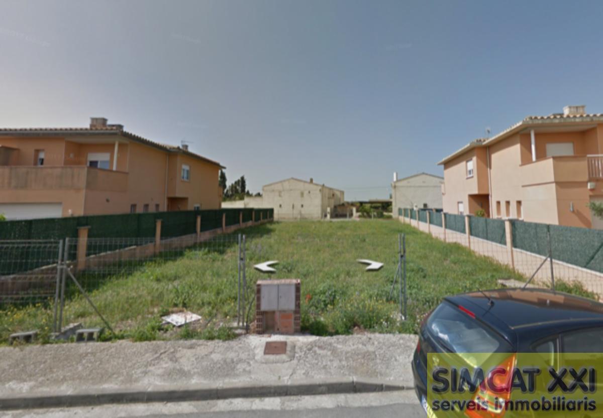 For sale of land in Vila-Sacra