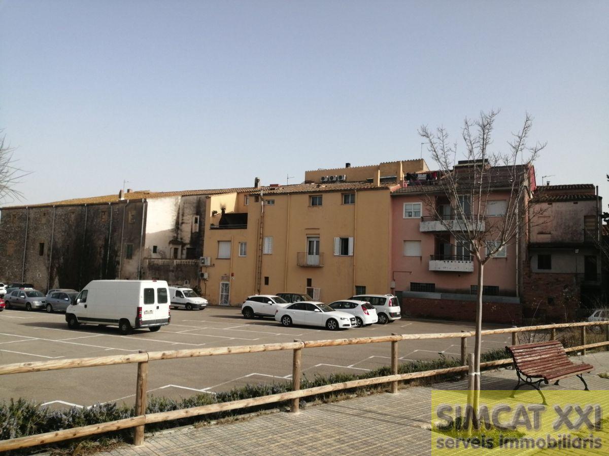 For sale of flat in Vilafant