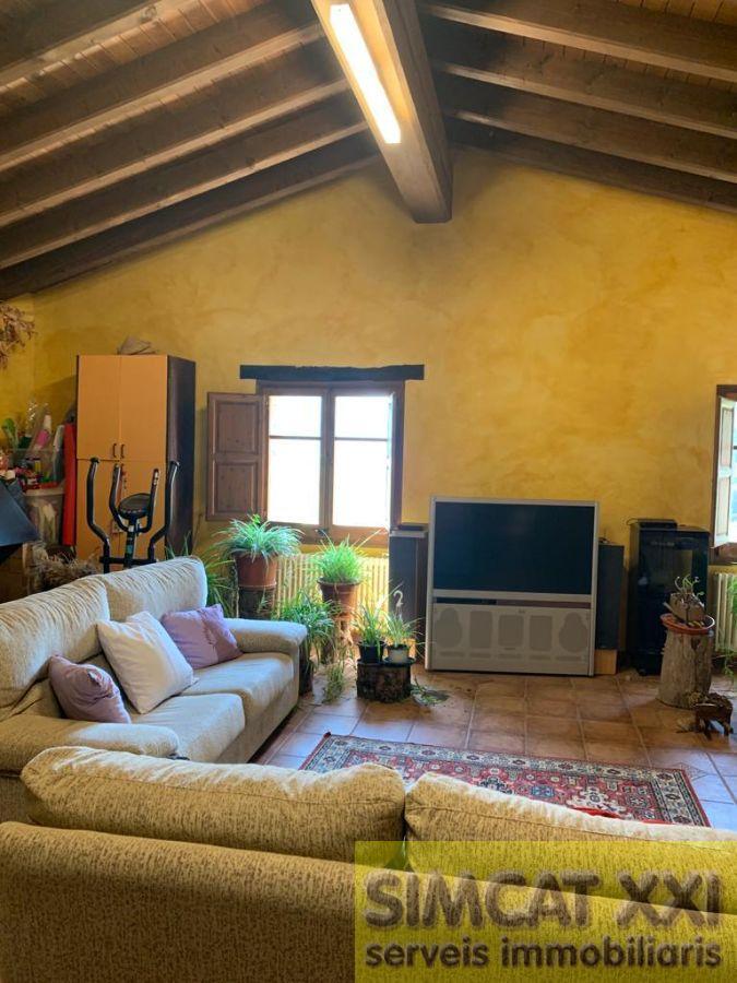 For sale of masia in La Vall de Bianya