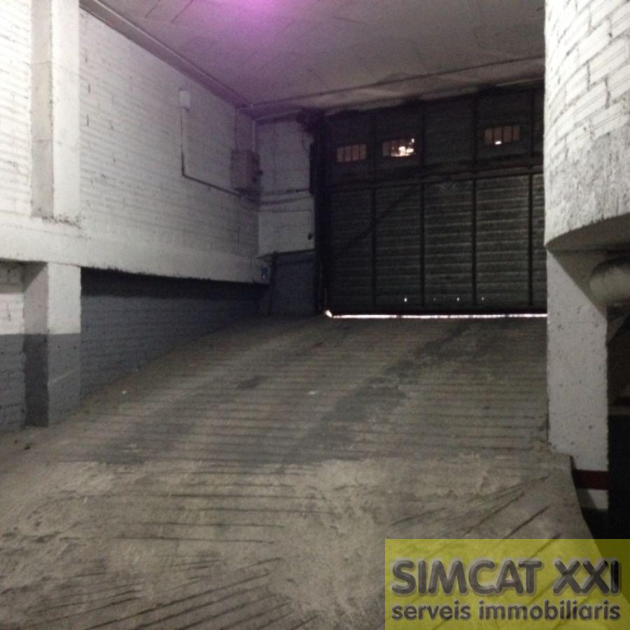 For sale of garage in Figueres