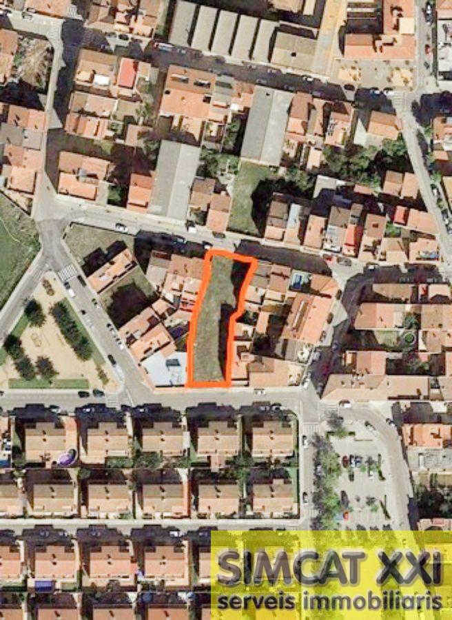 For sale of land in Vilafant