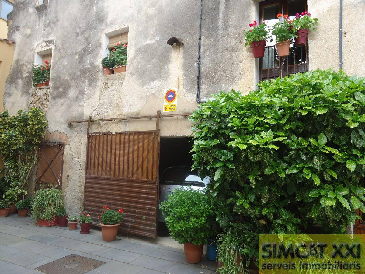 For sale of house in Navata