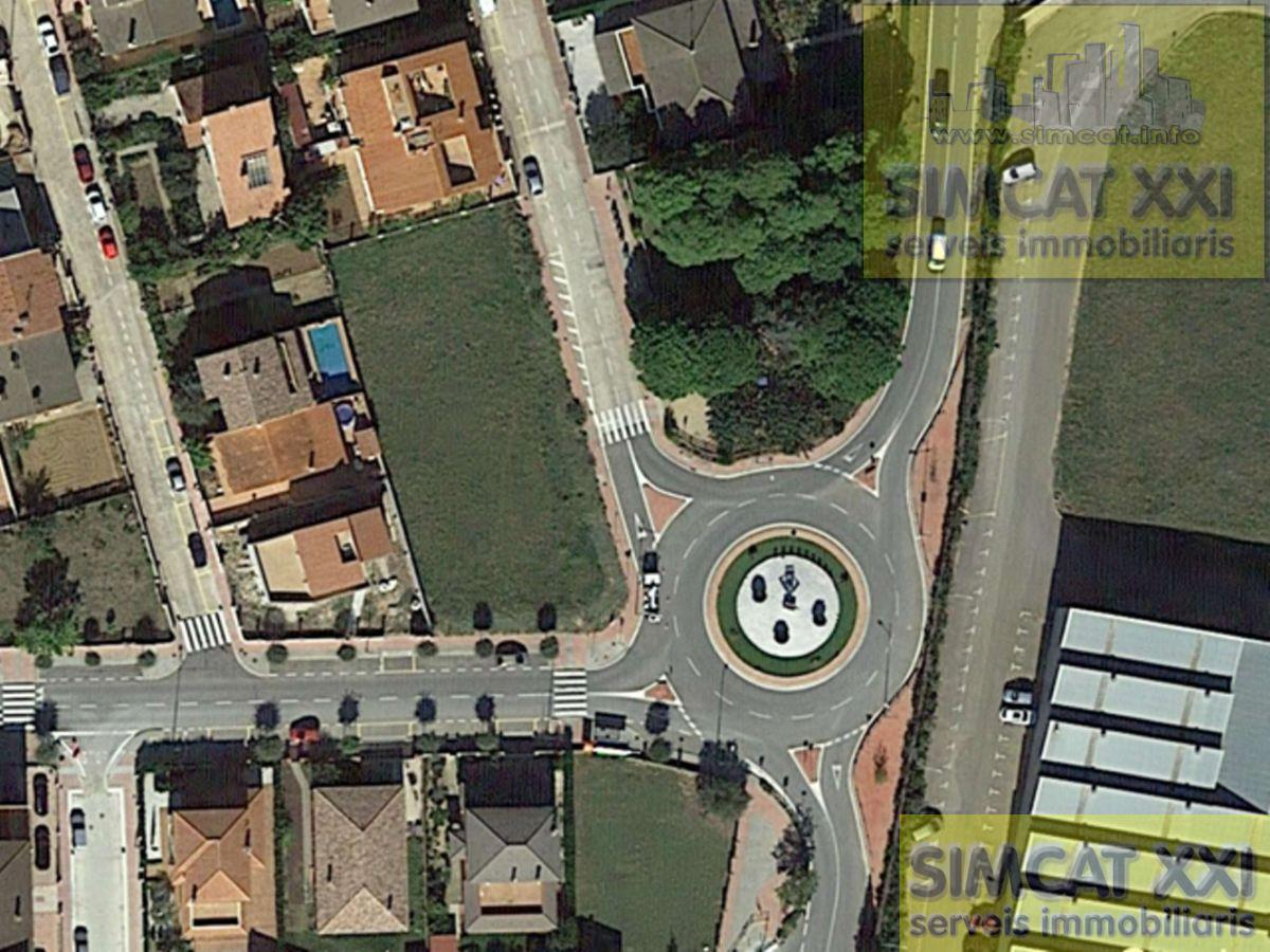 For sale of land in Vilamalla