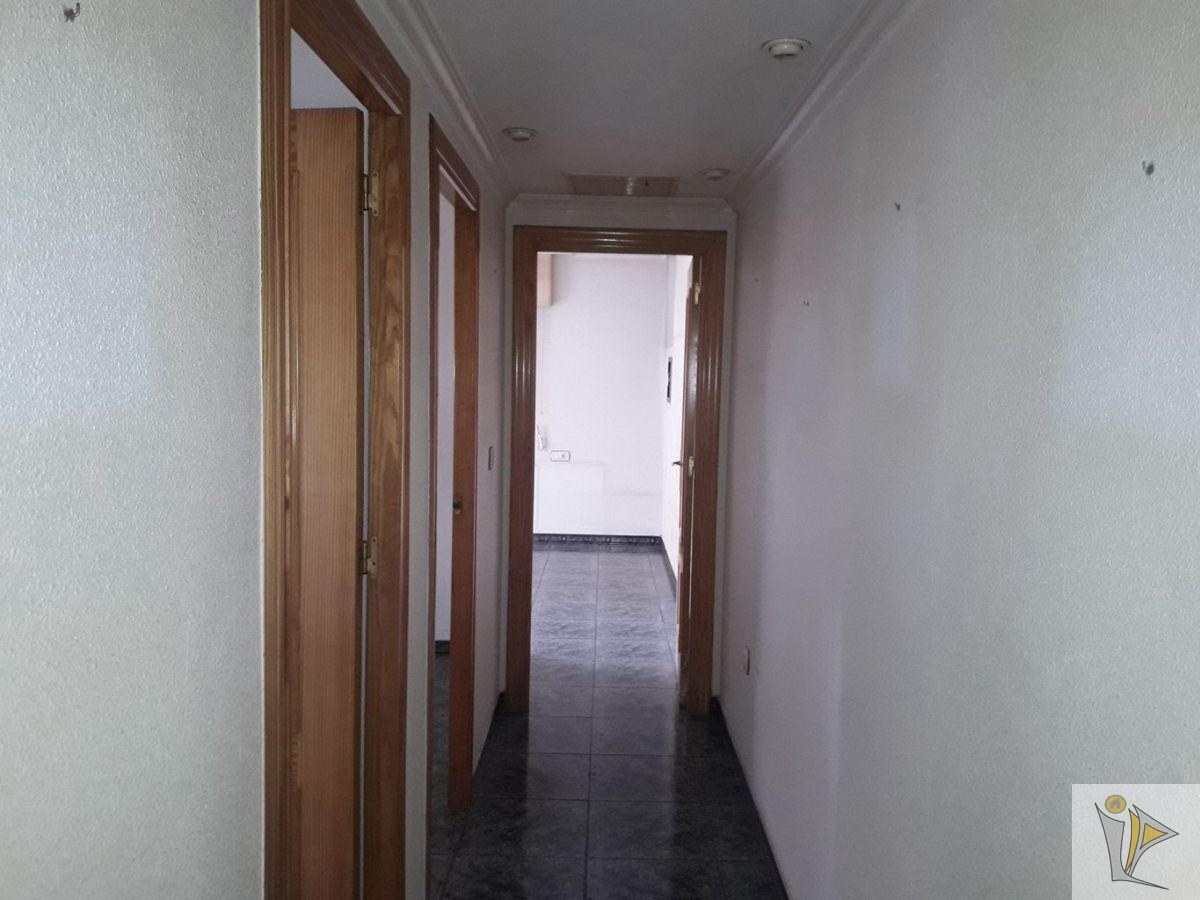 For sale of flat in Santomera