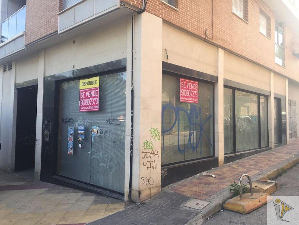 For sale of commercial in Alcantarilla