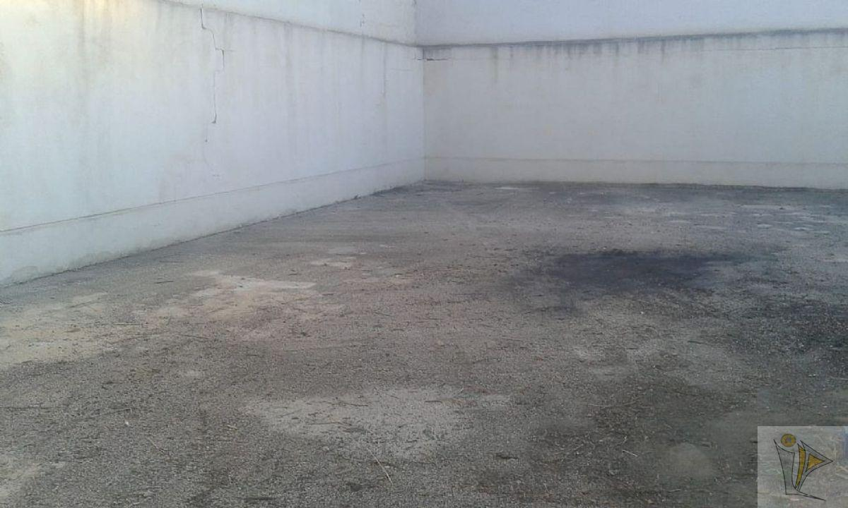For sale of garage in Ceutí